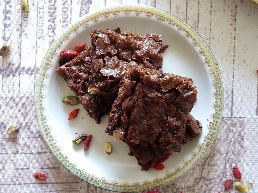 La Rubrica di Antonietta: Brownies Pistacchio e Goji