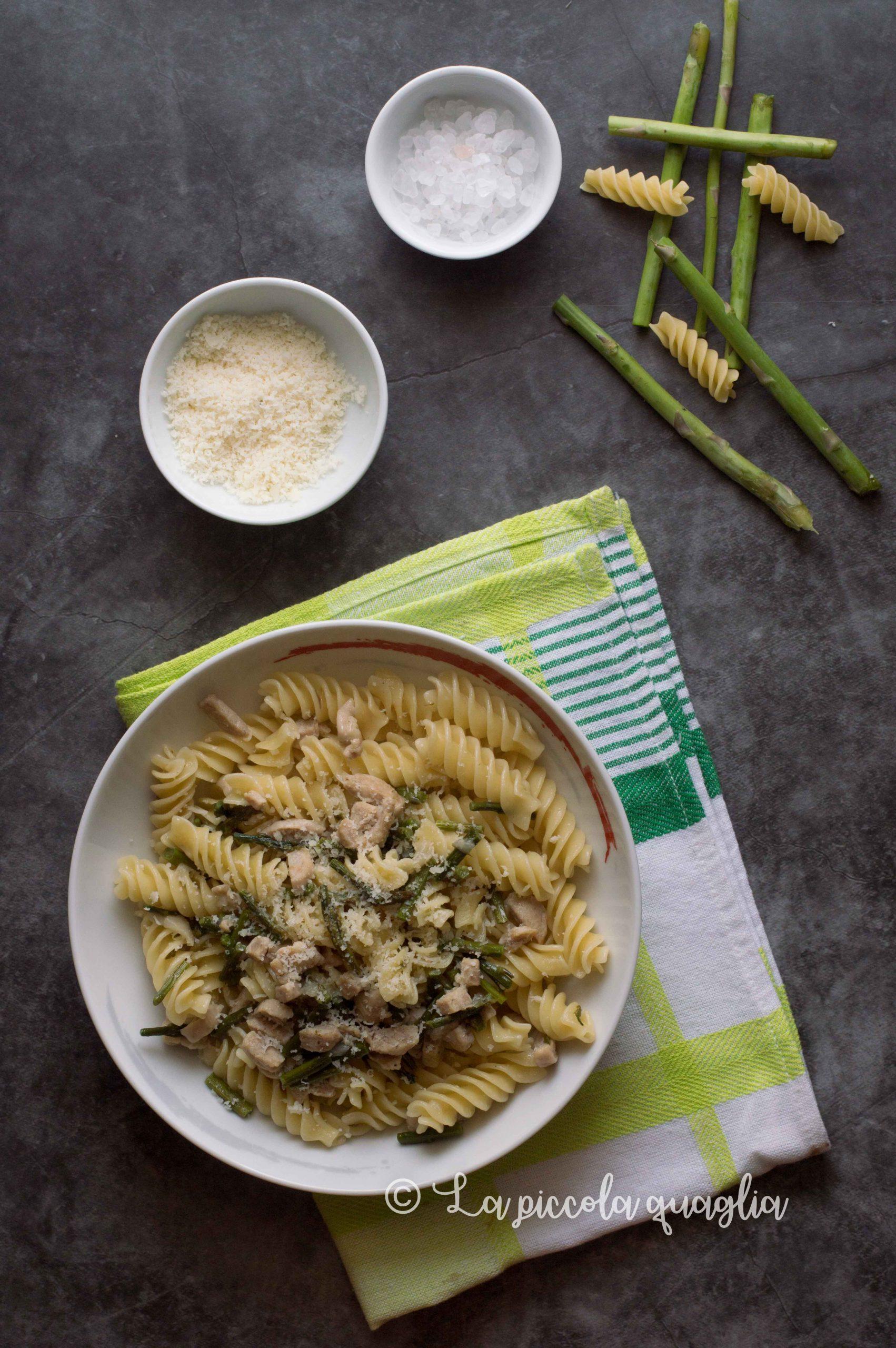 Ricetta pasta con salsiccia e asparagi