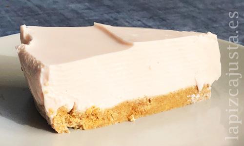 Porción tarta fría de Danonino