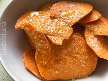 chips de boniato en aceite y sal