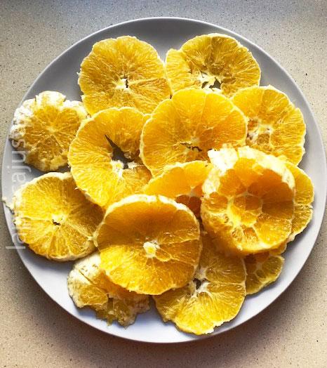 plato de naranja de postre