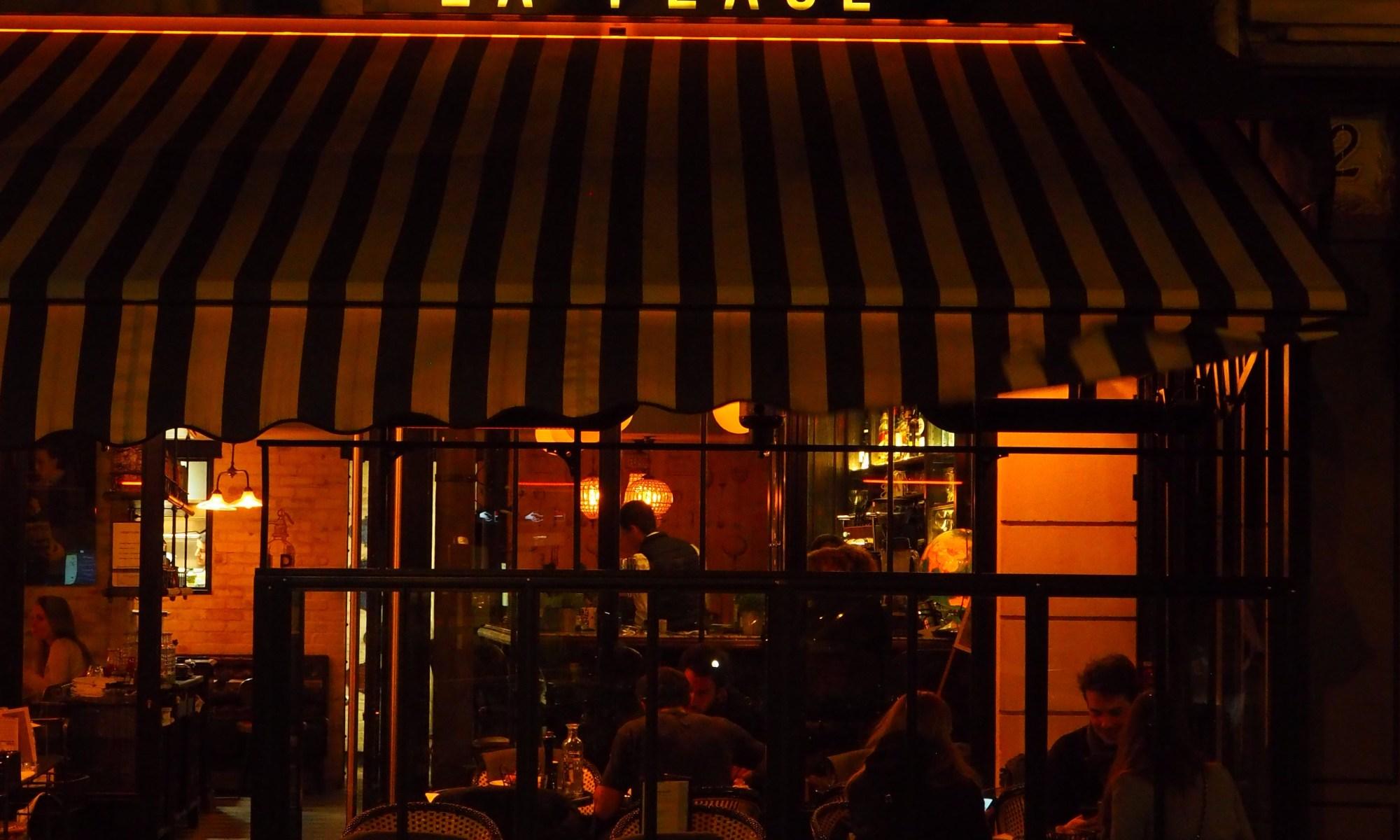 Terrasse, devanture, nuit, hiver, La Place, Neuilly