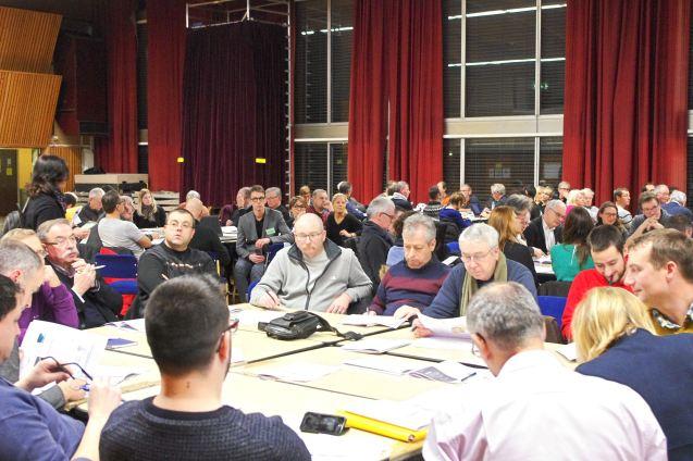 Quelque 200 participants se sont inscrits et ont été répartis sur onze table.