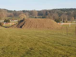 Préparation du parcours de cross-country (photo Vittel sports).