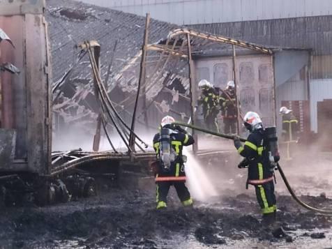 Incendie d'un poids lourd à l'entreprise Develotte .