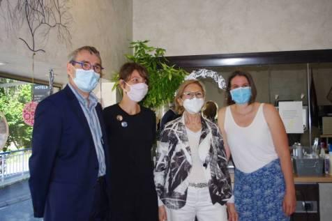 Le président CMA Christophe Richard, Jennifer Gogien, Bernadette Génot de Création coiffure et Léa Daviller.