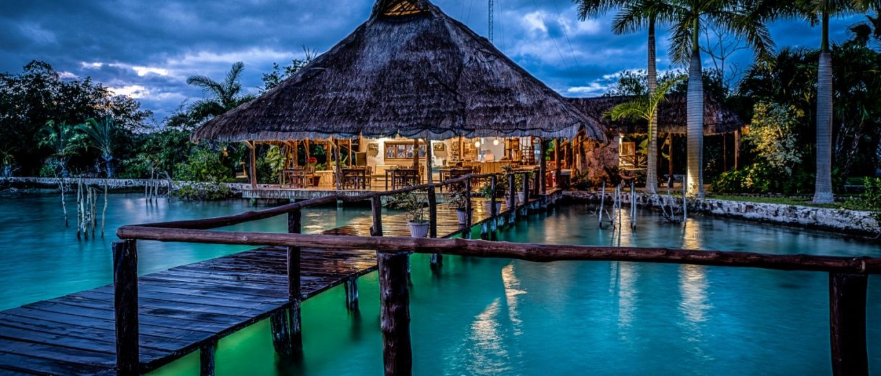 Las mejores caba as sobre el mar para irte de luna de miel for Cabanas sobre el mar en mexico
