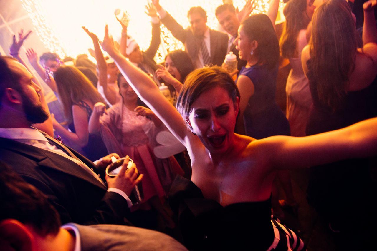 15 preguntas indispensables para tu DJ ¡Antes de contratarlo!