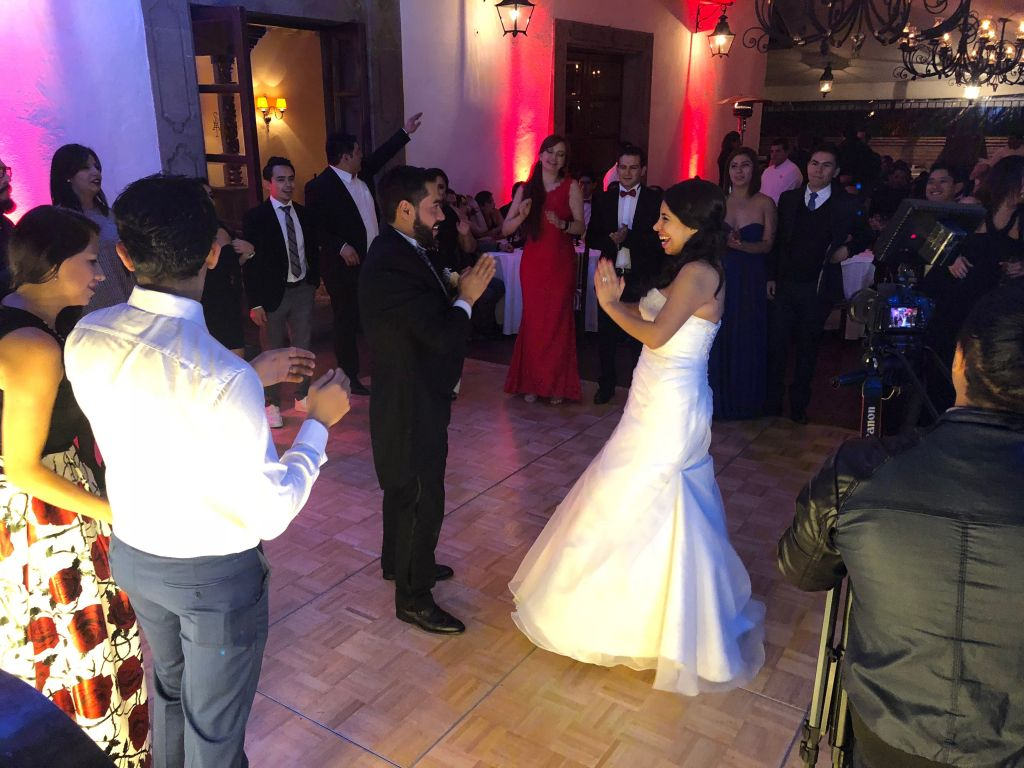 Canciones para el after de tu boda | El playlist que no debe faltar