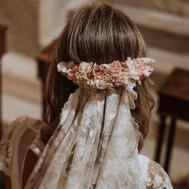 8 tipos de tocado para una novia con estilo boho chic