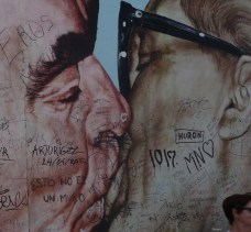 8 East Side Gallery