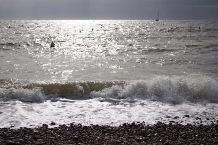 Un dimanche à la plage 1