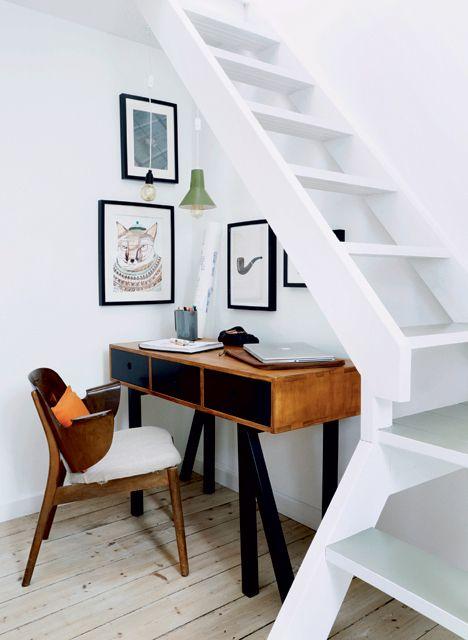 Comment aménager un bureau sous l'escalier
