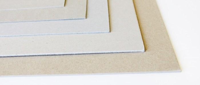 Carton gris dense