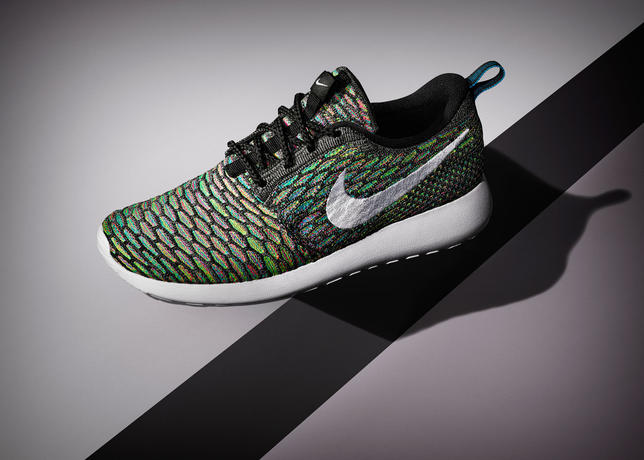 lyqyf Nike-Roshe-Flyknit-4_34598. Sp15_NSW_Roshe_Flyknit_M_Black_White_06_36584