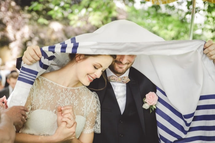 mariage orient express l 39 apprentie mari e. Black Bedroom Furniture Sets. Home Design Ideas