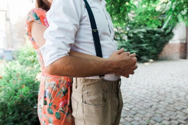 Seance-engagement-dans-le-vieux-Lille-Marine-Szczepaniak-Photographe-mariage-Nord-Pas-de-Calais-80(pp_w734_h489)