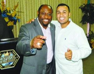 Dr. Myles Munroe y Diego DeSantiago, ambos fallecieron en un accidente aéreo en Las Bahamas. Descansen en Paz.