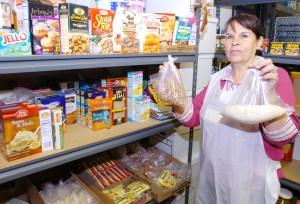 La profunda desigualdad salarial afecta la vida personal y familiar de latinas.