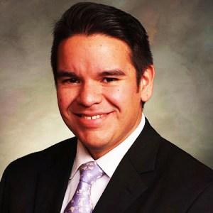 El Representante Estatal Dominick Moreno.