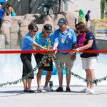 Al momento de cortar el liston de la inauguración de las dos nuevas atracciones de Water World. (Fotos/LPDC Emilio Flores).
