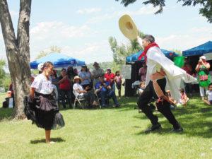 Las nuevas generaciones fomentando sus tradiciones, cultura y bailables.