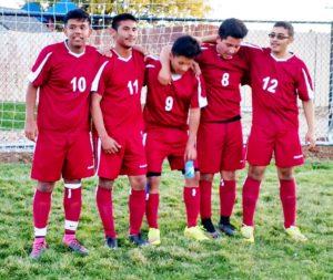 Una quinteta que da poderío al equipo VPA Knights (Victory Preparatory Academy).