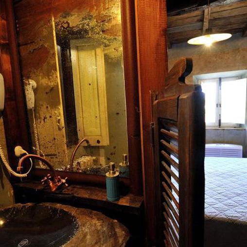 Preta Nera B&B Van Gogh room second floor
