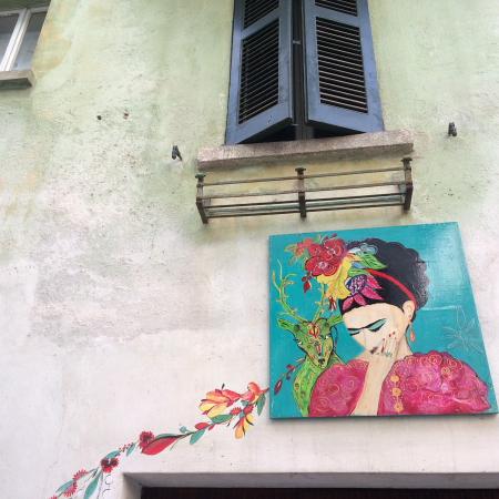 Borgo dipinto Claino con Osteno