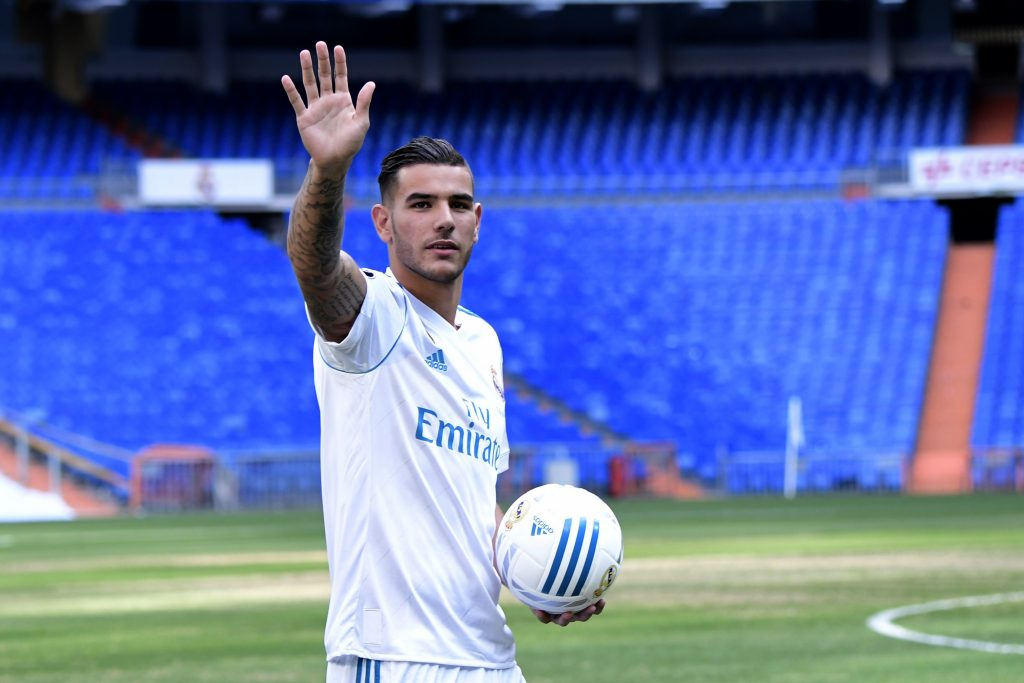 Ac milan signed theo hernandez from real madrid for a fee of €20 million but after nearly a year in italy his market value has more than doubled. Theo Hernandez Fifa 21 : Theo Hernandez thotÃ« â€⃜Poâ ...