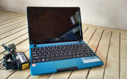 Netbook Bekas Acer 722