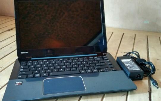 Laptop Bekas Toshiba L40D
