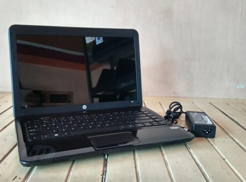 laptop bekas hp 1000
