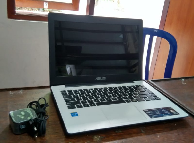 laptop bekas asus x453ma-wx217d