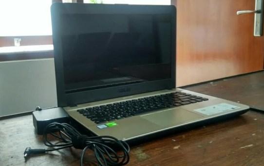 Laptop Bekas Asus X441U