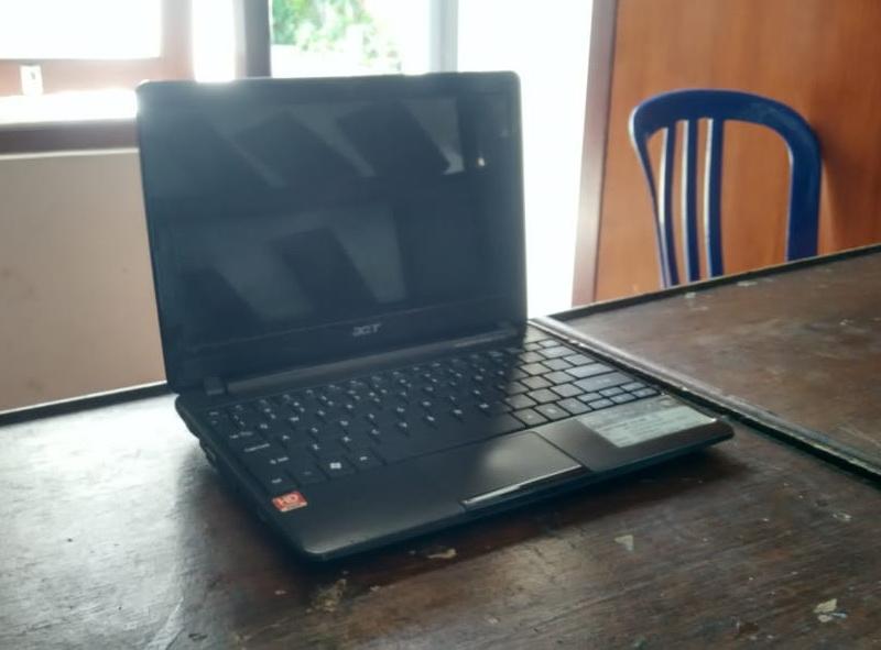 laptop bekas acer aod722