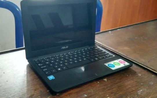 Laptop Bekas Asus E202SA-FD411D