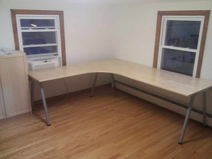 ikea office writing desk  Review and photo