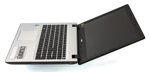 Acer V15 2 wide open