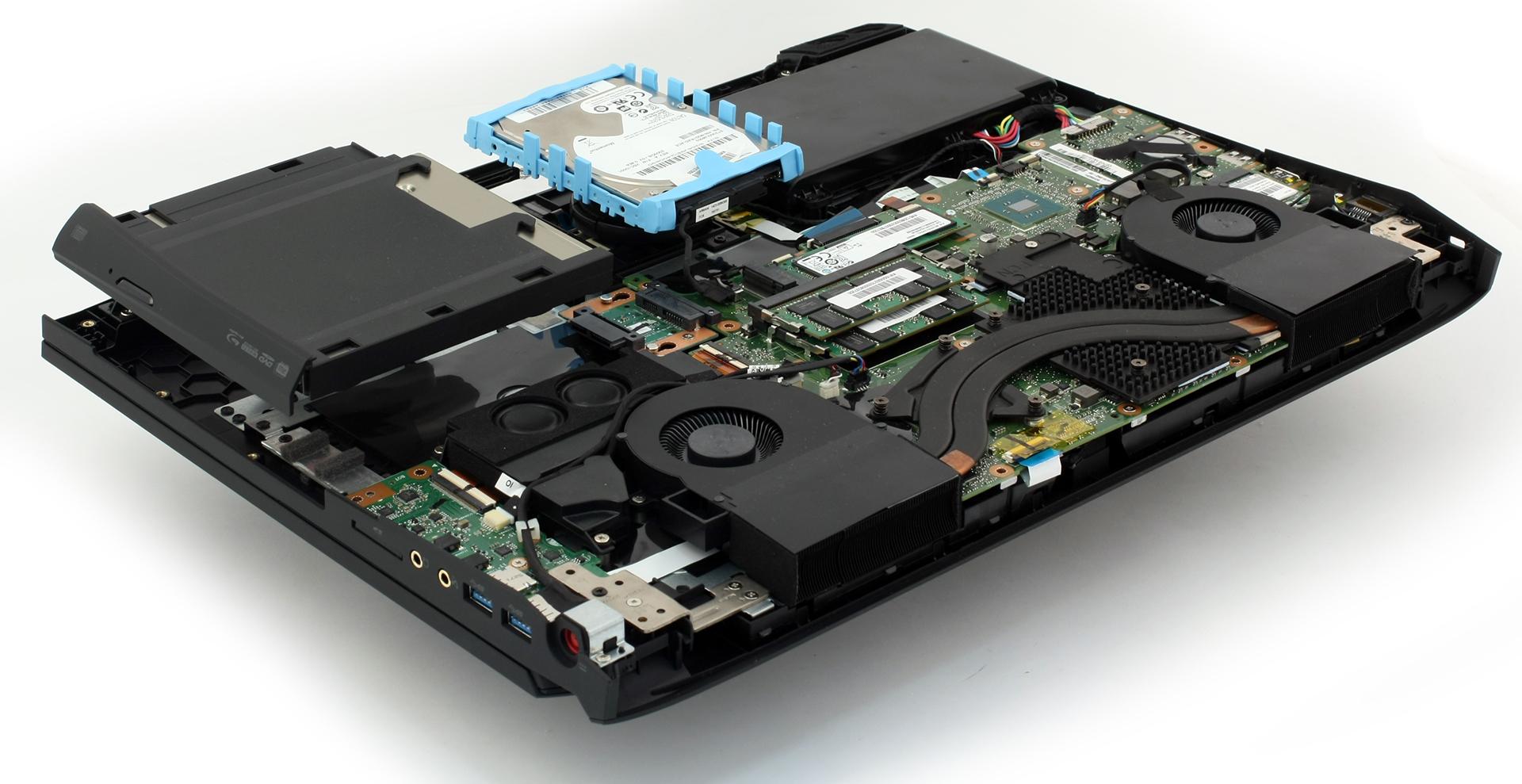 Inside Acer Predator 17 G9 791 Disassembly Internal