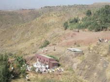Iglesia cercana a Bet Giyorgis