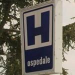 Quindici contagiati, un morto e due ospedali chiusi