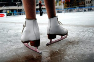 pattini-su-ghiaccio-300×198