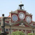 Elezioni far west: Serra sfida a duello Rossa a mezzogiorno, in piazza