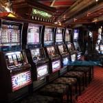 Le truffe alle slot machine hanno fantasia e ingegno (ma non riescono mai)