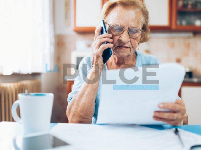 anziana bollette pagamenti
