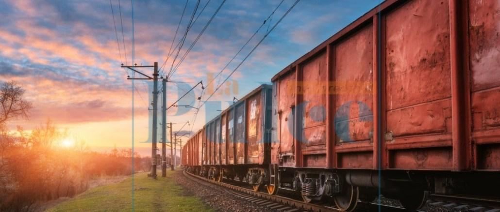 cargo treno merci logistica ferrovia binari