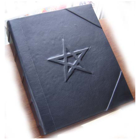 Witch's' Pentacle Book of Shadows