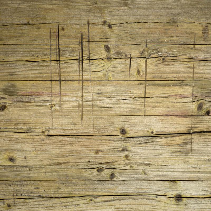 legno da cantiere utilizzato per l'arredamento di interni