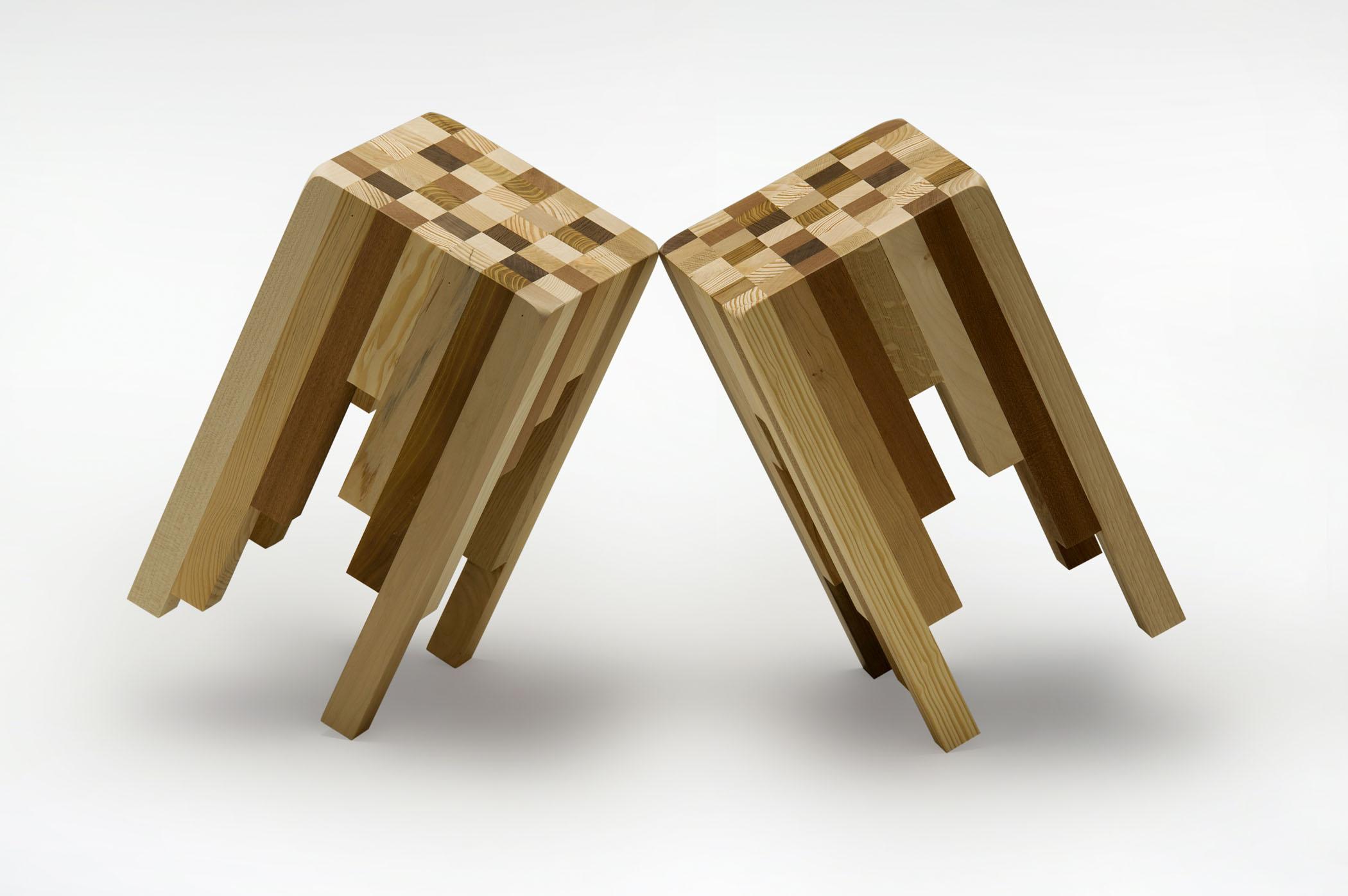 Sgabelli con listelli di legno massello varie essenze